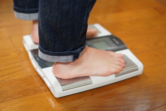 糖質制限ダイエットで効果はいつから出る?旦那が急に痩せ始めた
